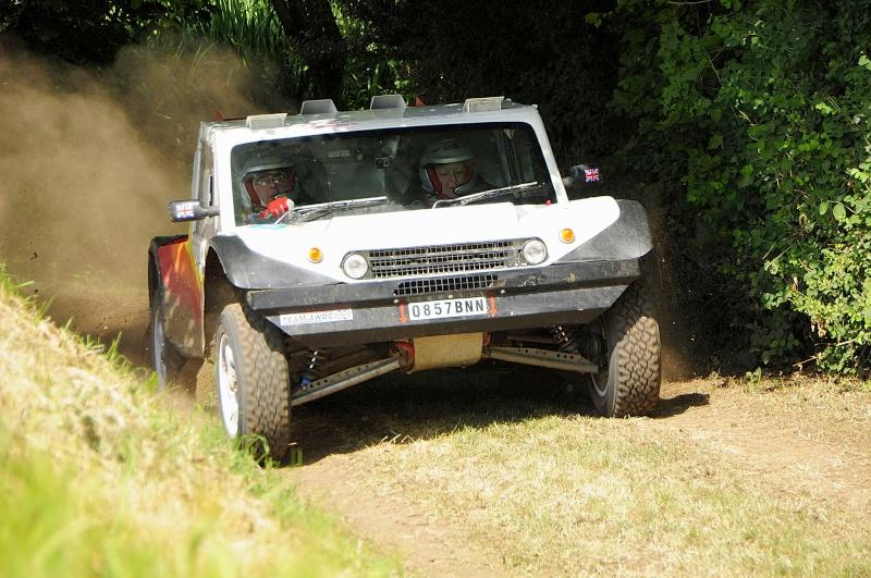 Photos/Video of Rick & Sandra Mann, English Rainbow Car 23 Jean_d52