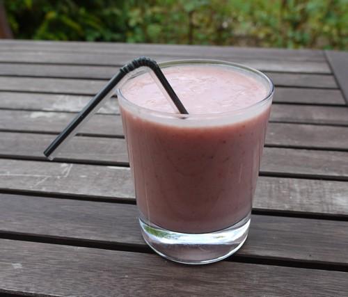 smoothie aux fraises et à la banane  P1070911