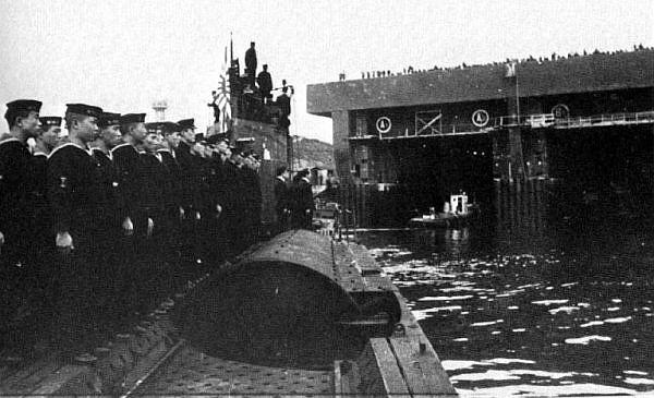 Les sous marins Japonais en Bretagne! I-8_br10