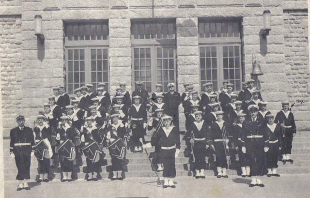 [ École des Mousses ] 1ère compagnie 61/62 Musiqu11