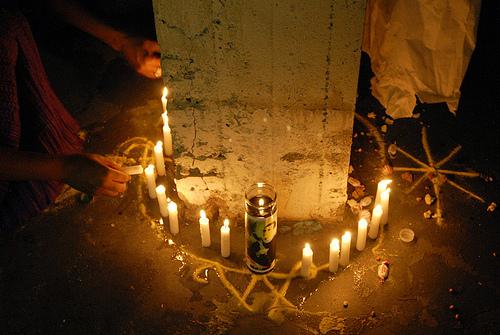 Cérémonies vaudoues dans les caves de Brooklyn Vodoo_10