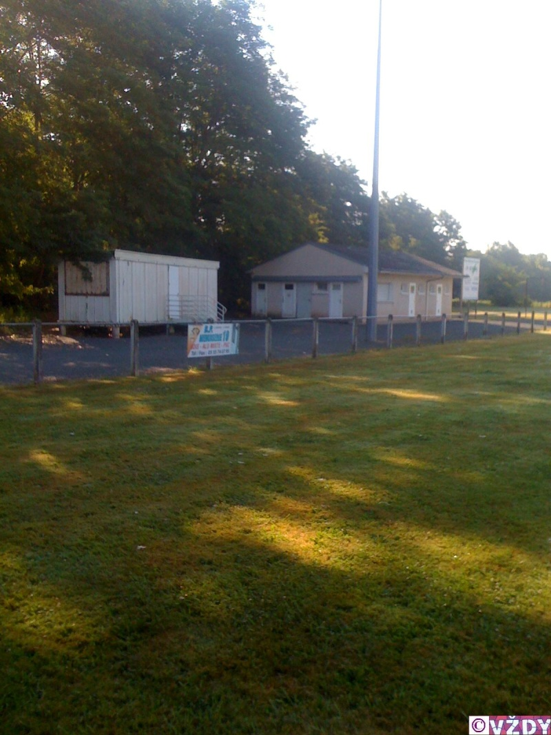 Les stades de rugby, villes de D à P - Page 2 Img_1111