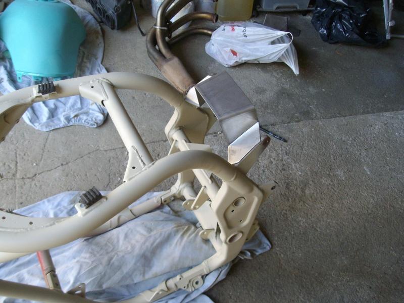 préparation de mon 600bandit version streetfighter - Page 2 Sam_et10
