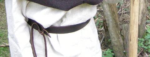 robe et surcot XIIIème Ceintu10