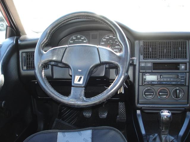 Quel poste equipe votre voiture, on vous ecoute Dsc05911