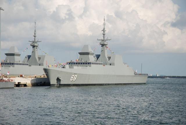 Singapore Navy - Marine de Singapour 01_int10