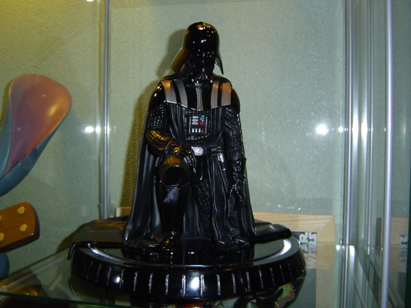 Gentle Giant - Darth Vader ESB Statue - Page 5 Dsc05815