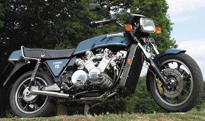 POUR AFTERBURNED : Allen Millyard's 2300cc, V12 Kawasaki V12kaw10