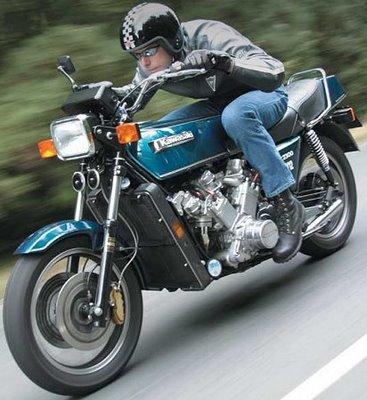 POUR AFTERBURNED : Allen Millyard's 2300cc, V12 Kawasaki V12kaw11