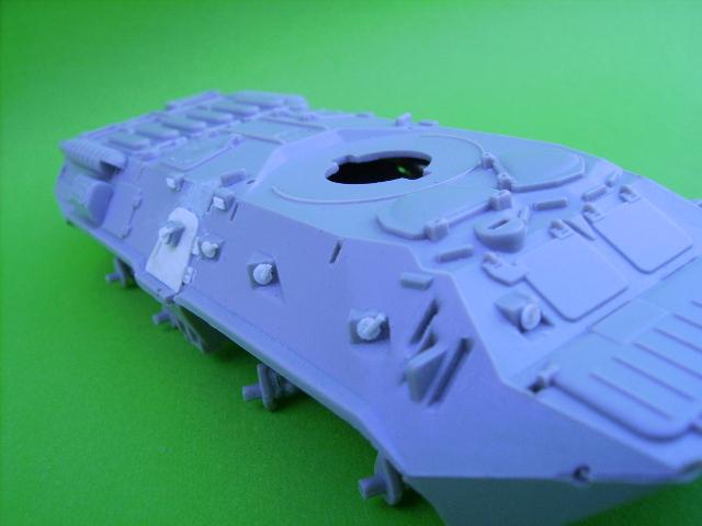 BTR 80 A 1/72° Btr910