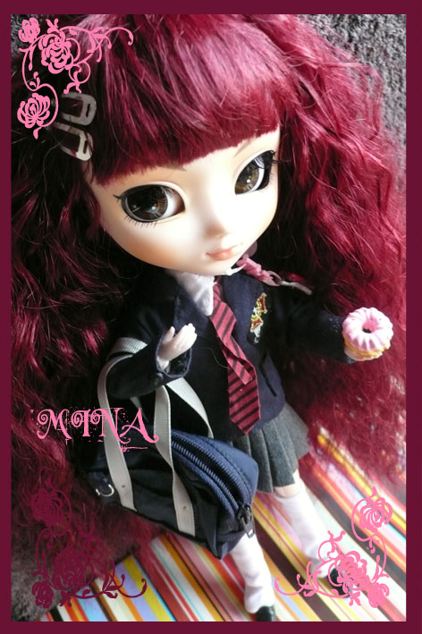 [Photos] Pullips avec outfit d'autres pullips - Page 2 Mina310