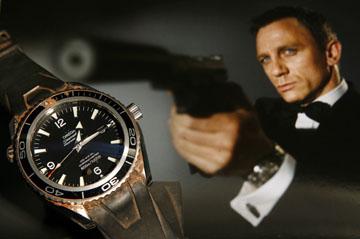Les montres des Célébrités et des Stars James-10