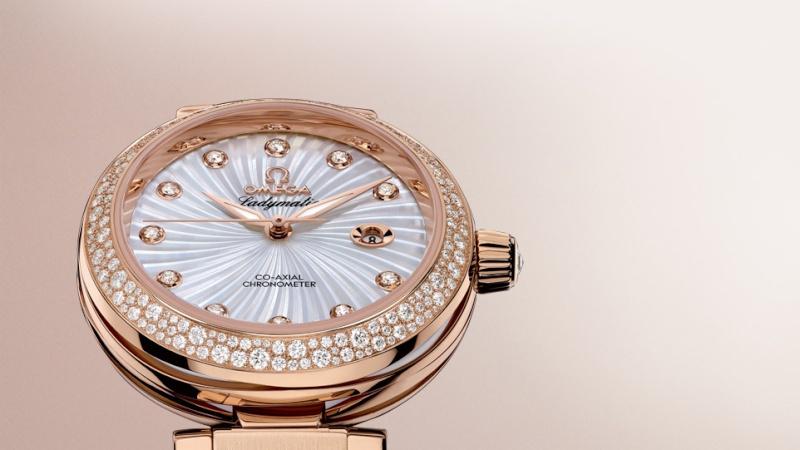Les montres des Célébrités et des Stars Pp_dev12