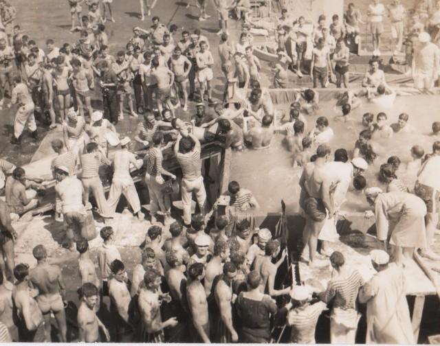 [Opérations diverses] ALBUM du CLEMENCEAU - Pacifique 1968 Ligne210