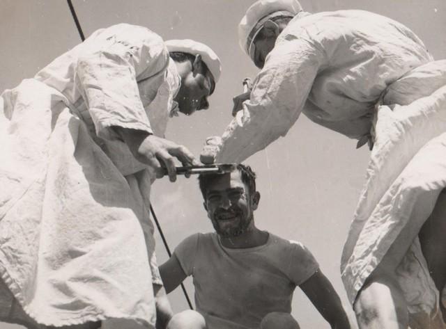 [Opérations diverses] ALBUM du CLEMENCEAU - Pacifique 1968 Ligne410