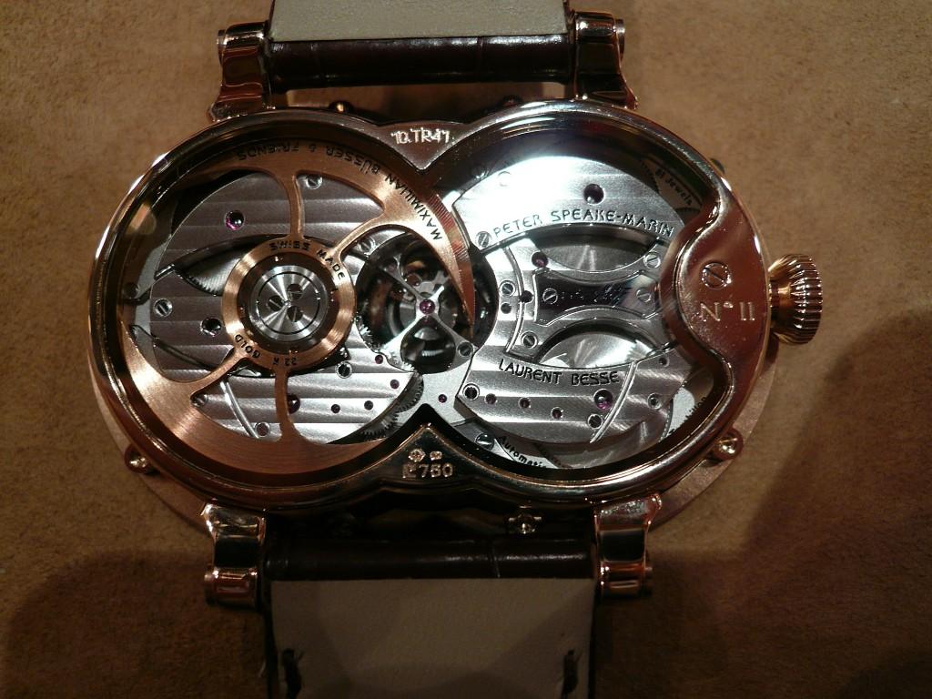 Une montre fascinante : la MB&F Horological Machine n° 1 Decemb14
