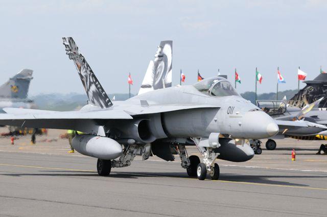 DEBRIEFING NATO TIGER MEET CAMBRAI 2011  - Page 2 Dsc_2219