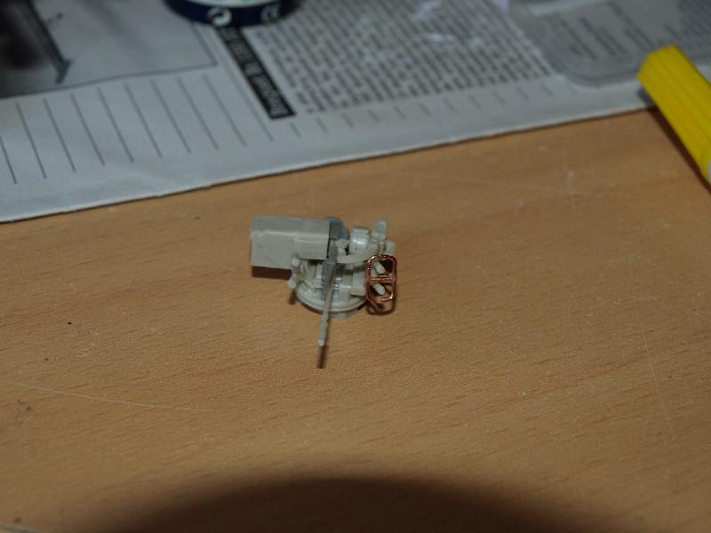 VAB T20-13 [HELLER+AZIMUT] 1/72. Fin, le 22/11/2010. - Page 4 P1016817