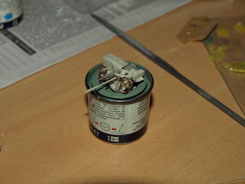 VAB T20-13 [HELLER+AZIMUT] 1/72. Fin, le 22/11/2010. - Page 4 P1016820