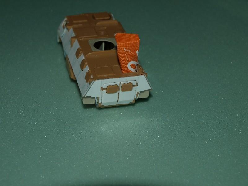 VAB T20-13 [HELLER+AZIMUT] 1/72. Fin, le 22/11/2010. - Page 5 P1016844