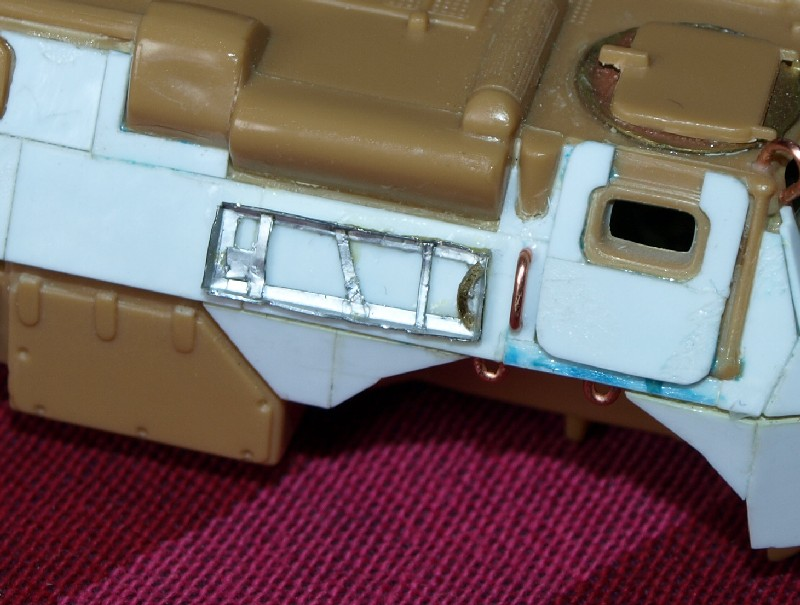 VAB T20-13 [HELLER+AZIMUT] 1/72. Fin, le 22/11/2010. - Page 5 P1016911