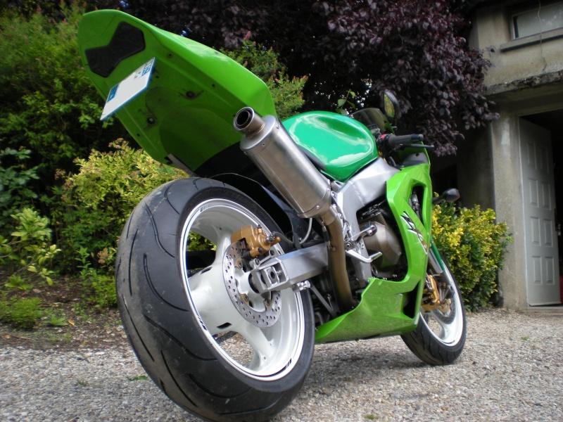 petite moto qui deviendra grande 636 k3 - Page 4 Dscn1628
