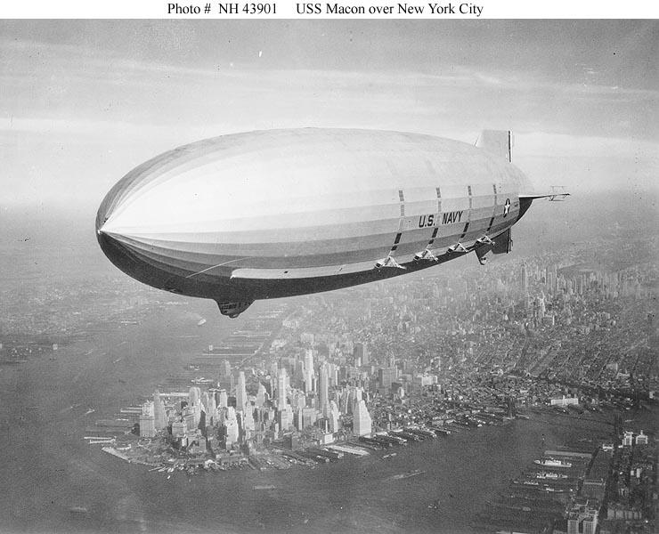 Zeppelines sobre NY H4390110