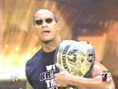 Vince a une annonce Raw08110
