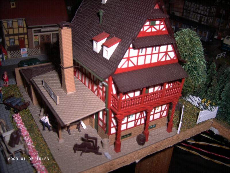 Vollmer Professionalbausatz 1/87 Alte Schmiede + Konditorei Pict1034