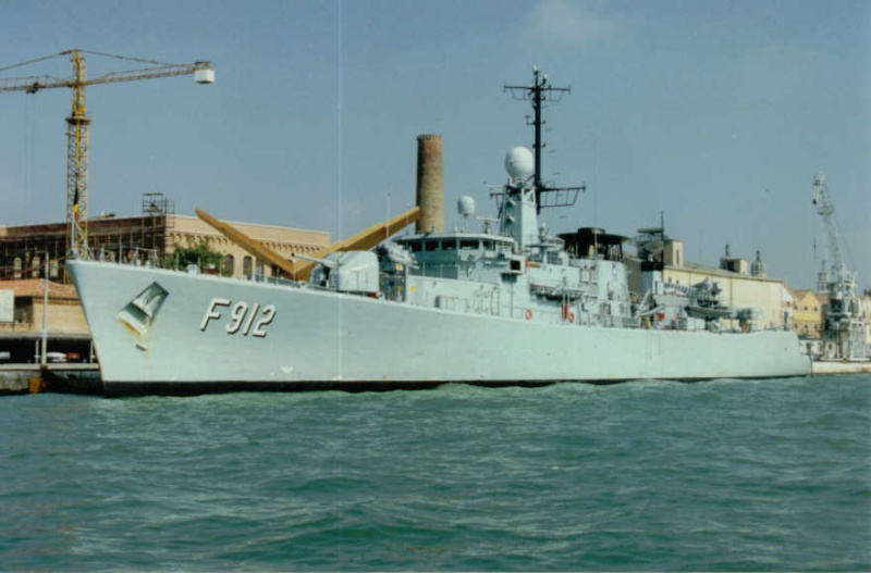 F912 Wandelaar - SHARP GUARD (sep 1994 - fev 95) 08010421