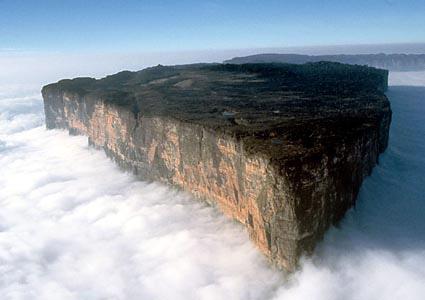 Entre Vénézuela, Guyana et Brésil : Un monde perdu Monte_10