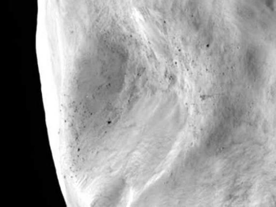 Rosetta - En route vers la comète 67P / Tchourioumov-Guérassimenko - Page 4 Luteti10