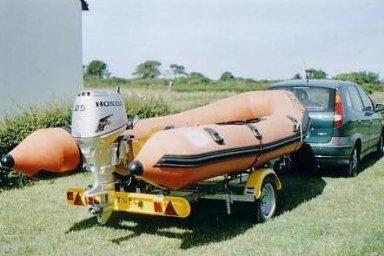 Vends bateau pneumatique Marque PB Marine type 450 Bateau10