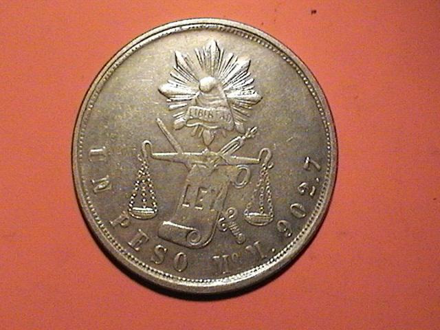 Moneda de fantasía (1 peso + 1 duro) Dvc00411