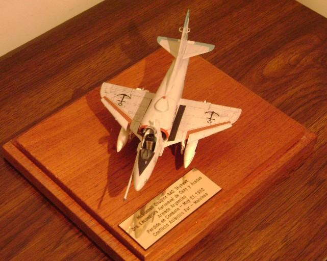 Modelismo Aeronaval - Armada Argentina A4q3-a12