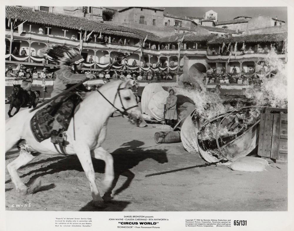 Le Plus Grand Cirque du Monde - Circus World - 1964  - Page 2 A_duk541