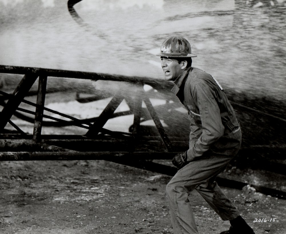 Les Feux de l'Enfer - The Hellfighters - 1968 Duke_265