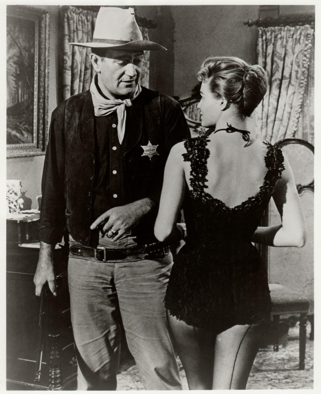 Rio Bravo - 1959 - Page 2 Duke_277