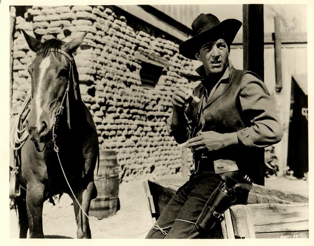 Rio Bravo - 1959 - Page 2 Duke_299