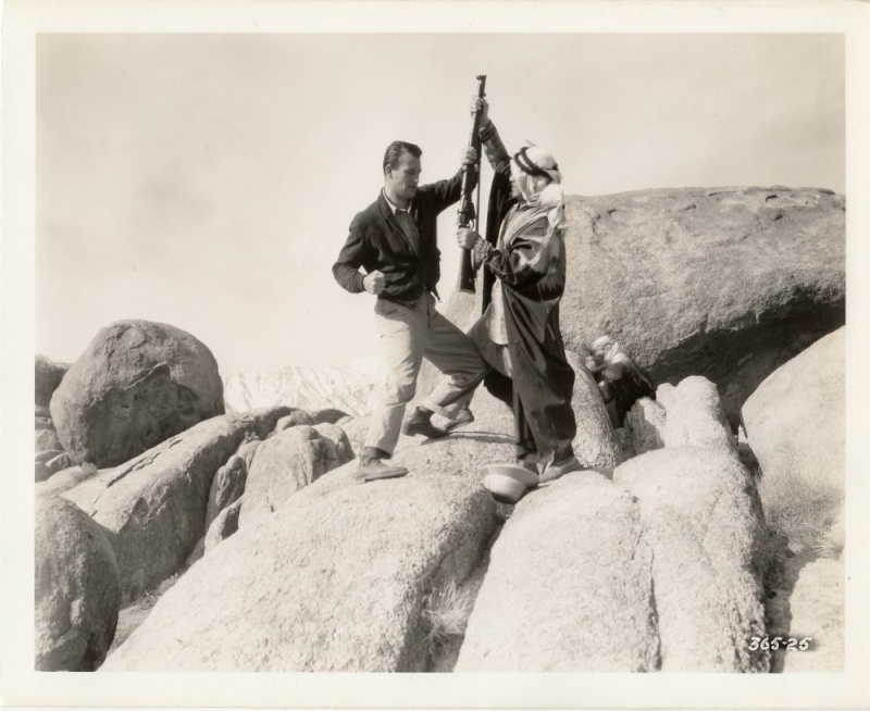 Les lanciers du désert - I covert the war - 1936 Duke_746