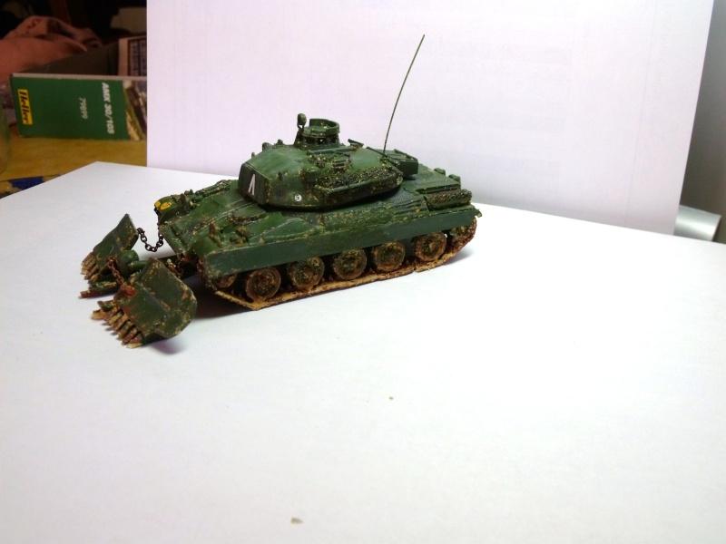 AMX 30 + charrue au 1/72 Dscf0311