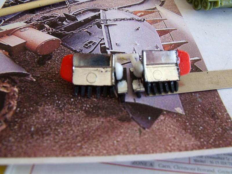 AMX 30 + charrue au 1/72 Dscf8917