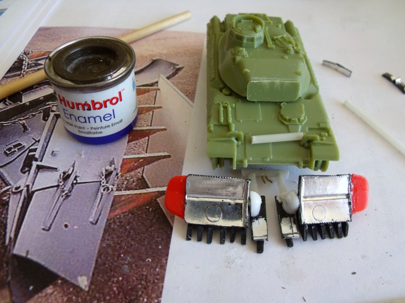 AMX 30 + charrue au 1/72 Dscf8918