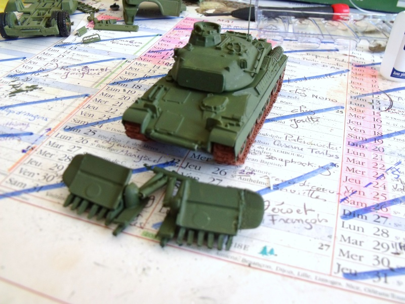 AMX 30 + charrue au 1/72 Dscf9811