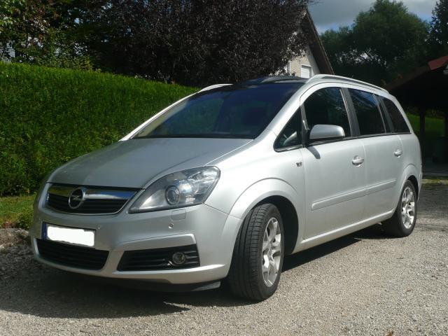 [LUDO25] Zafira B 1.9CDTI 150ch Cosmo Pack Opel-z15