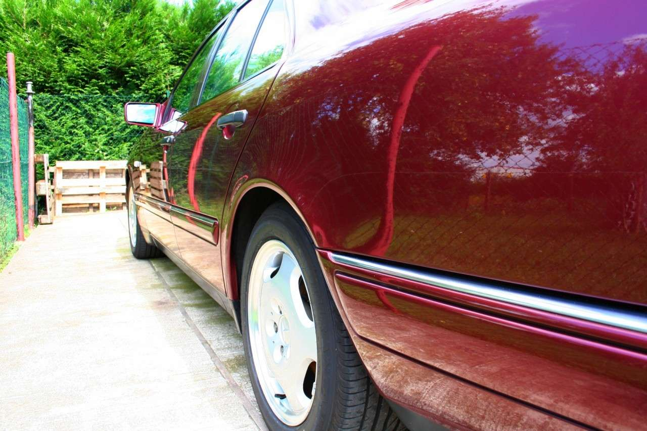 Présentation W210 290 TD Avantgarde BVM Berline Ruby Red Img_8010