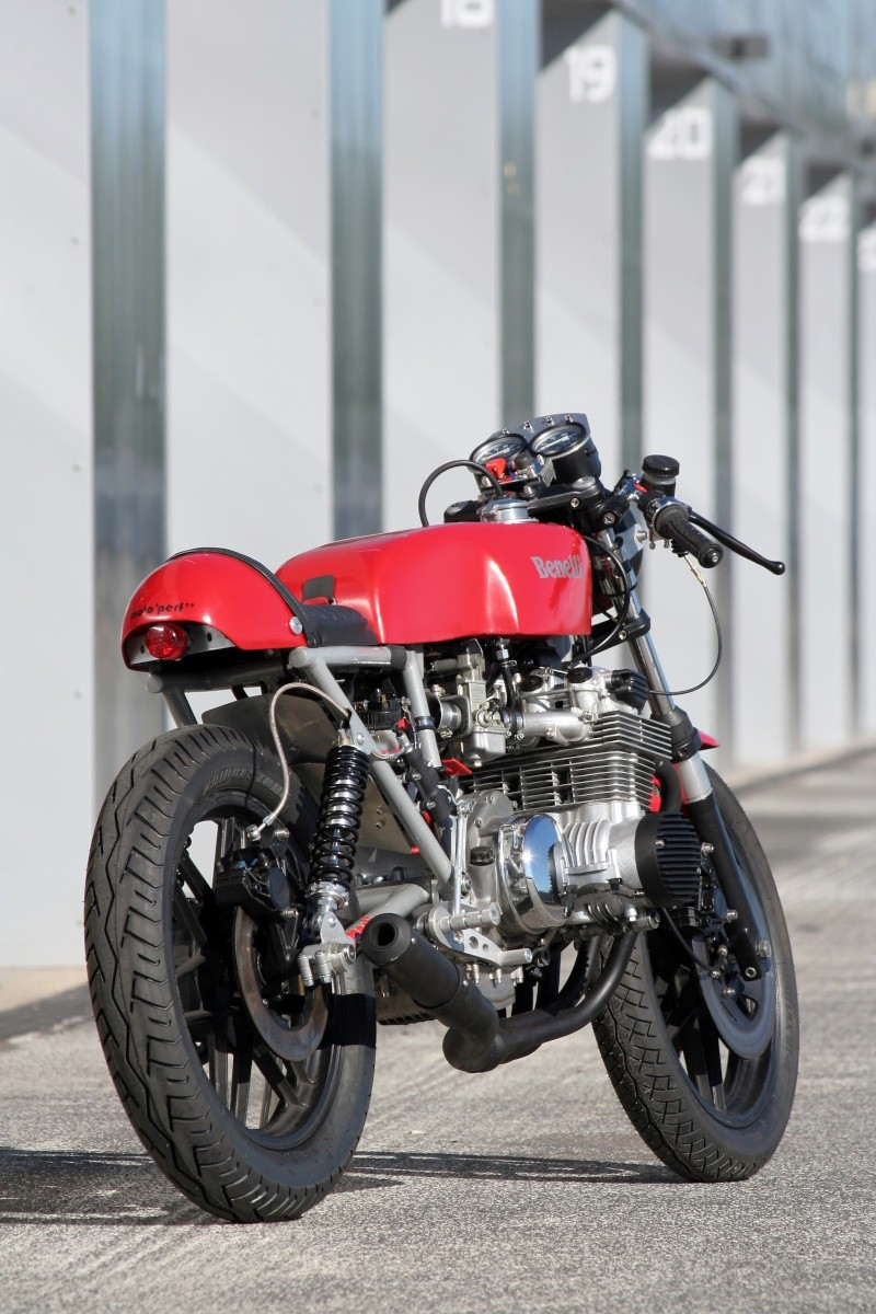 PROTOTYPE FRANCO-ITALIEN 6 CYLINDRES - Page 6 Benell22