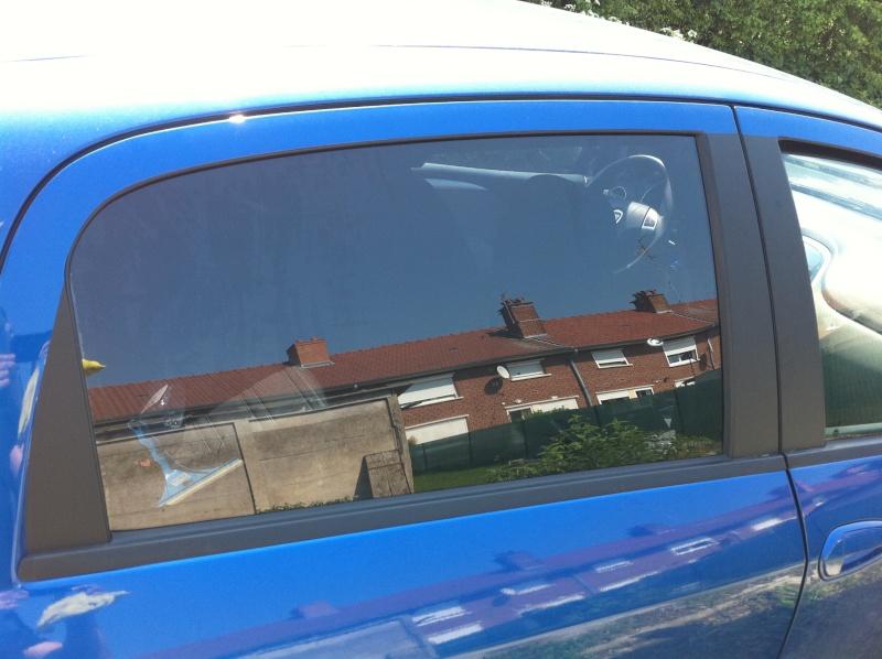 cap nettoyage auto renovation lavage polissage de pieces vitres teintees. Black Bedroom Furniture Sets. Home Design Ideas
