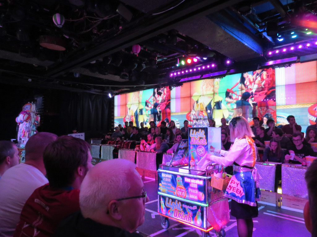 [TR] Toussaint 2018 : Shanghai DL - Osaka - Universal Studios Japan - Nagoya - Nagashima Spaland - Tokyo - Tokyo DL et DS - Page 2 3514