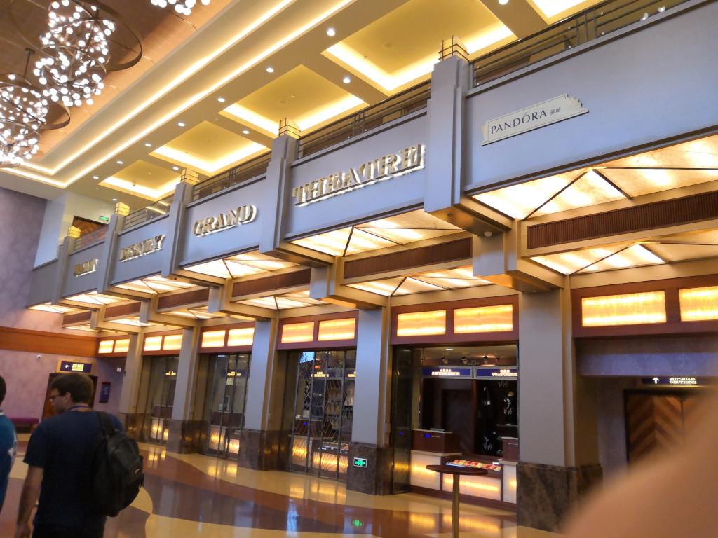 [TR] Toussaint 2018 : Shanghai DL - Osaka - Universal Studios Japan - Nagoya - Nagashima Spaland - Tokyo - Tokyo DL et DS 5811